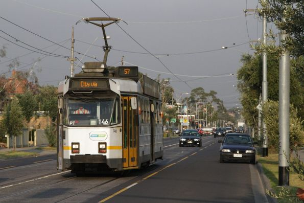 Z3.146 on Maribyrnong Road in Ascot Vale, bound for the city on route 57
