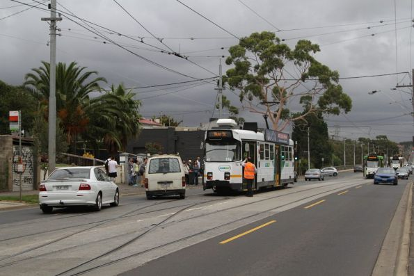 With the cars out of the way, Z3.194 can now shunt at the Maribyrnong River crossover on Maribyrnong Road
