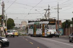 Z3.121 heads back to the city on route 55 after shunting at the Daly Street crossover