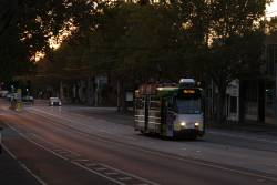 Z3.163 heads into the city along Queensberry Street on route 57
