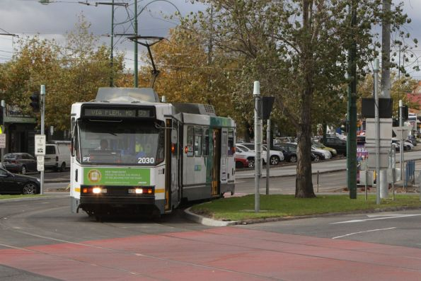 B2.2030 on route 59 turns into Keilor Road, Essendon North