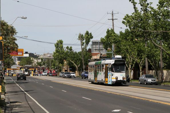 Z3.154 heads west on route 57 special along Racecourse Road, Newmarket