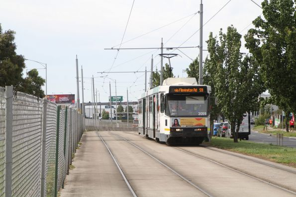B2.2059 arrives at the route 59 terminus at Airport West