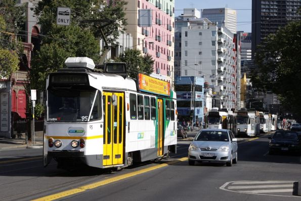 Z1.95 heads north on Swanston Street at Queensberry Street