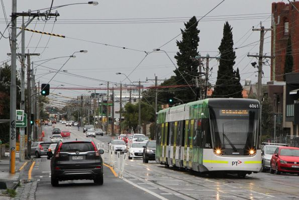 E2.6061 heads south on route 96 at Nicholson Street and Glenlyon Road