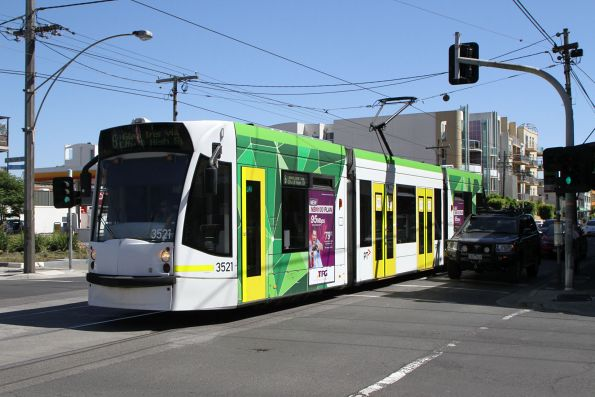 D1.3521 heads south on route 6 at Lygon Street and Glenlyon Road