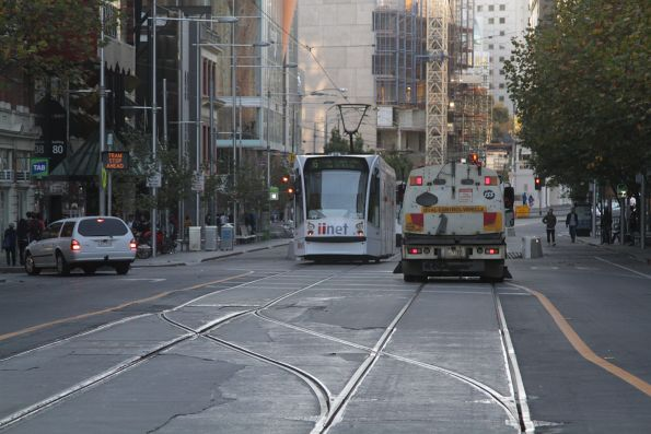 Track cleaner heads onto the opposite track to let trams pass