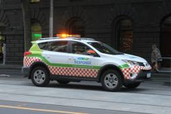 Yarra Trams operations car heads south at William and BOurke Street