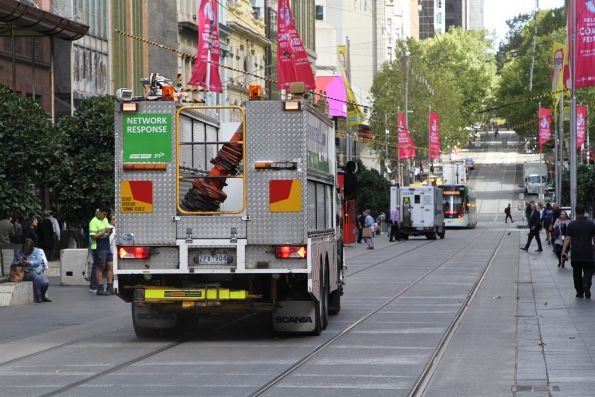 Yarra Trams recover truck turns from Swanston into Bourke Street