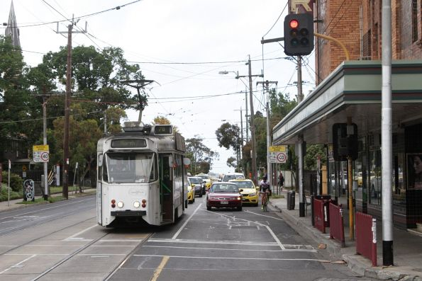 Z1.9 heads north on a route 78 service at Chapel Street and Dandenong Road
