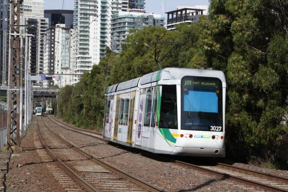C.3027 heads towards Port Melbourne on route 109