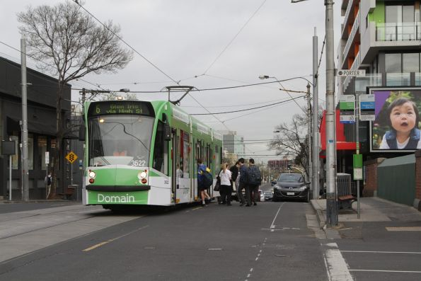 Z1.22 picks up passengers on route 6 along High Street at Prahran station