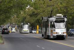 Z1.88 on route 16 heads south along St Kilda Road at Toorak Road