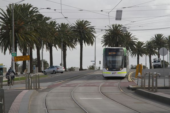 E.6014 on route 96 along The Esplanade, St Kilda