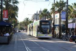 E.6002 arrives at the route 96 terminus in St Kilda