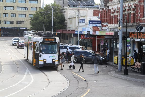 Z3.183 on route 3 at Caulfield station