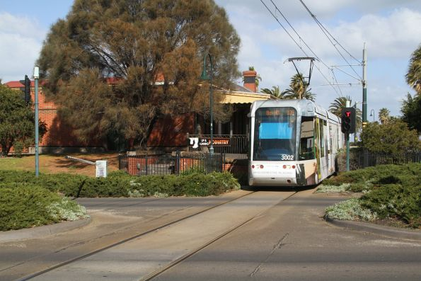C.3002 on route 109 crosses Beach Street, Port Melbourne