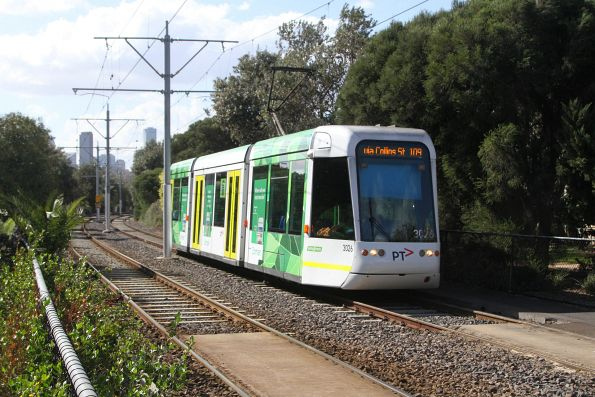 C.3026 arrives at the route 109 terminus at Port Melbourne
