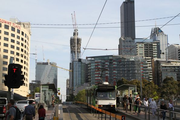 A1.236 heads south on route 12 along Clarendon Street at Crown Casino