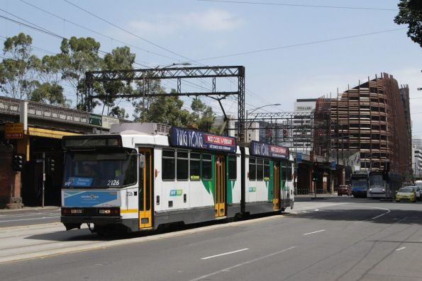 B2.2126 heads east at Flinders and Market Streets