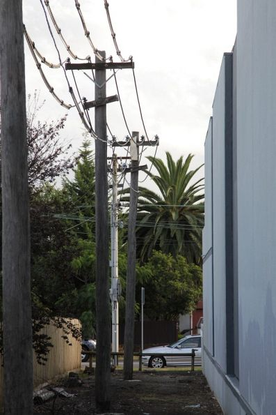 Substation 'G': feeder cables from the west head back to Glenhuntly Road via a narrow easement