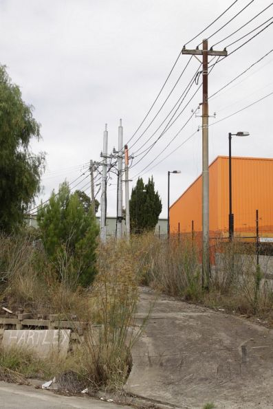Substation 'Mg' traction feeders back to Maribyrnong Road via a private road