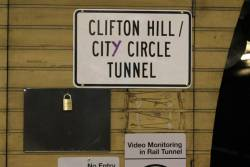 'Clifton Hill / CitY Circle Tunnel' sign at Flagstaff station