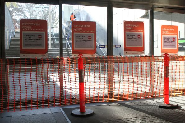 Macarthur Street exit at Parliament station closed