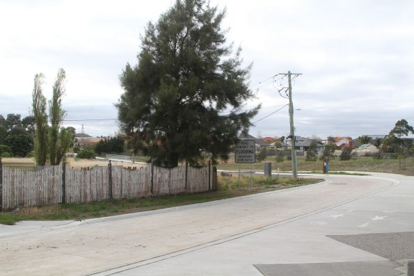 Robertsons Road extended to restore access to 490 Melton Highway