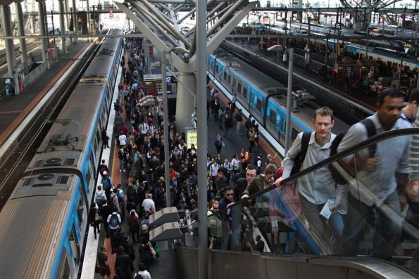 Platform 12 at Southern Cross packed with ex-Werribee passengers wanting to get to Flinders Street