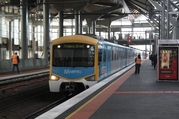 'Flinders Street' on the destination board, but this train is terminating at Southern Cross platform 12