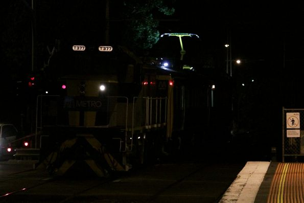 Floodlights illuminate the pantograph as IEV102 gets put to use