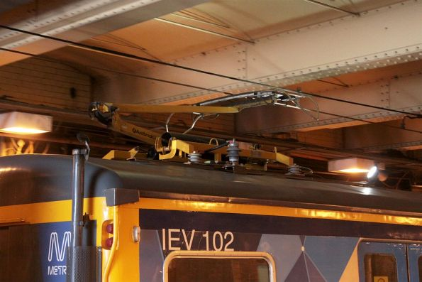 Leading pantograph raised for inspecting the overhead