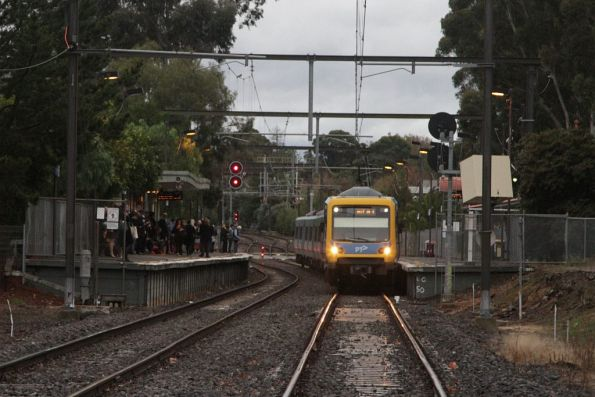 X'Trapolis train arrives at Riversdale platform 2 with a terminating service