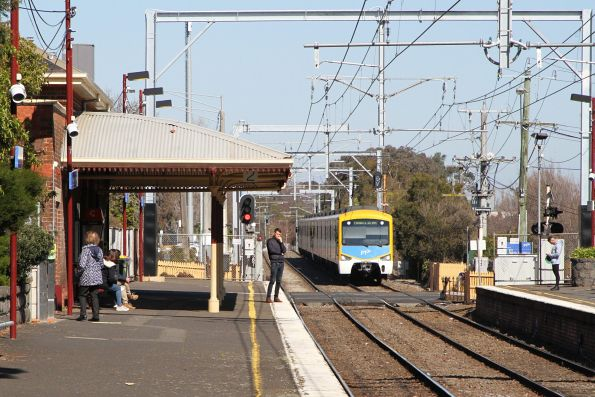 Siemens train arrives into North Brighton station on an up Sandringham service