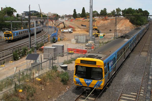 Life extension EDI Comeng 432M and classmate pass Metro Tunnel works at South Yarra station