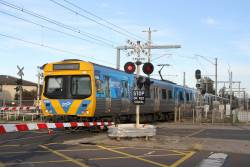 Life extension EDI Comeng 438M leads an up Caulfield service at Carrum