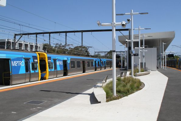 Life extension EDI Comeng 458M and 487M at Frankston