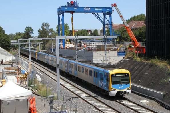 Siemens 732M arrives into South Yarra on an up Sandringham service