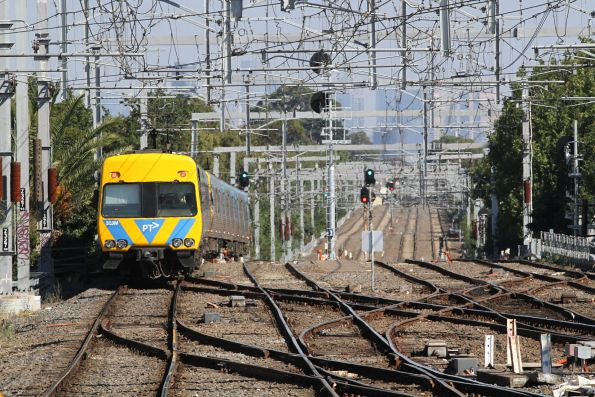 Alstom Comeng 323M trails an up Frankston service at Caulfield
