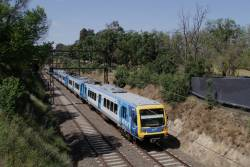 X'Trapolis 897M arrives into Jolimont with a citybound service