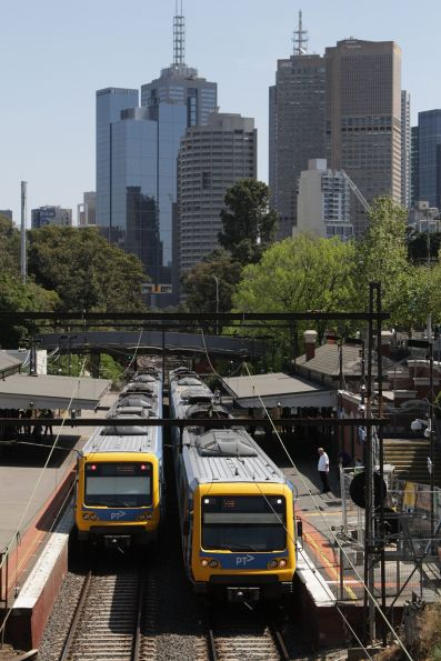 Up and down X'Trapolis trains cross paths at Jolimont station