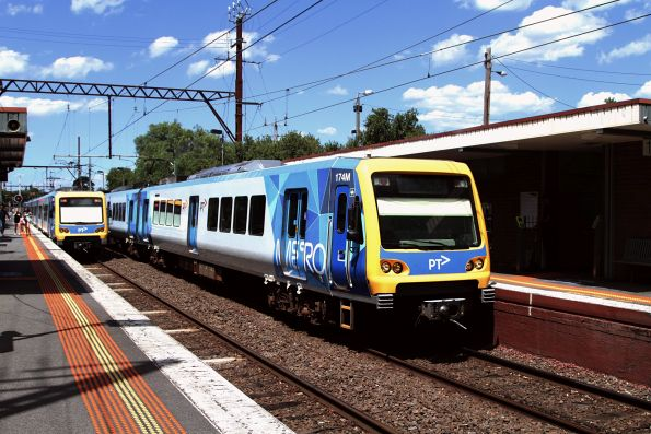 X'Trapolis 174M arrives into Alphington on an up service