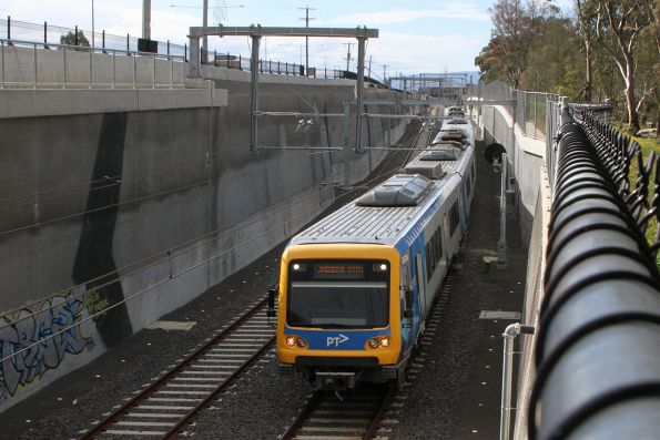 X'Trapolis train enters the Plenty Road tunnel on an up Mernda service