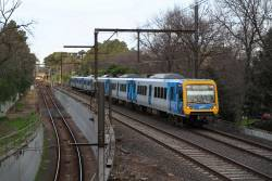 X'Trapolis 937M passes the City Loop portal at Jolimont on the up
