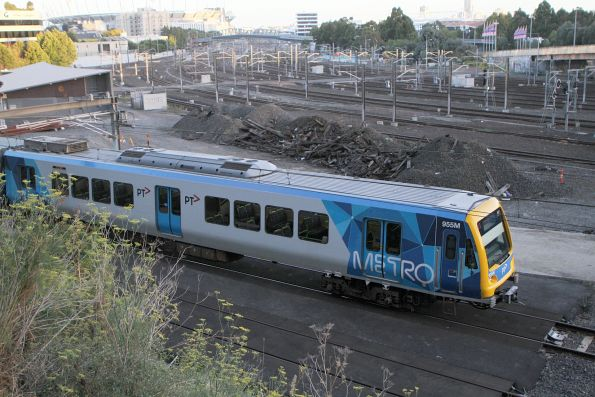 X'Trapolis 955M on the up outside Flinders Street