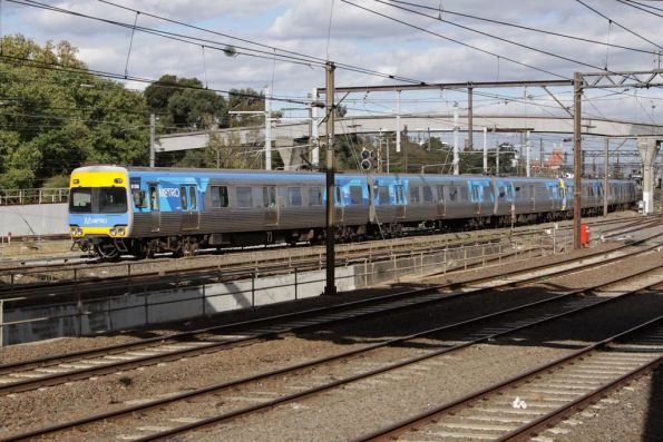 Passing the Caulfield Loop portal, Alstom Comeng 615M on the up at Richmond