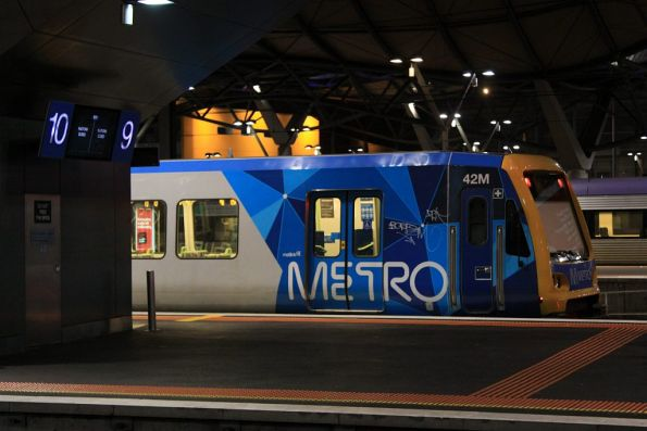 X'Trapolis 42M stopped at Southern Cross platform 9, unable to head into the City Loop due to trackwork