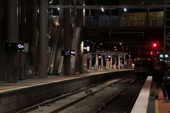 Tail end of a down train fouling the block at Southern Cross platform 14