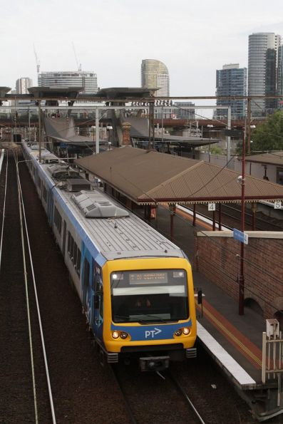 An out of service X'Trapolis pauses at North Melbourne, bound for stabling at Flemington Racecourse